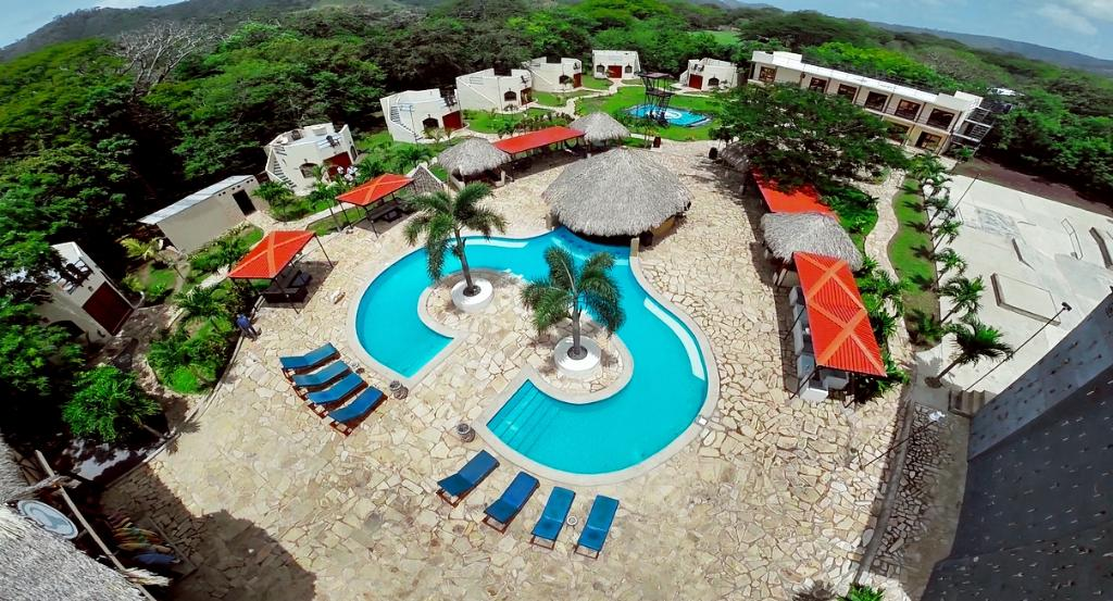 ‪Surf Ranch Hotel & Resort‬