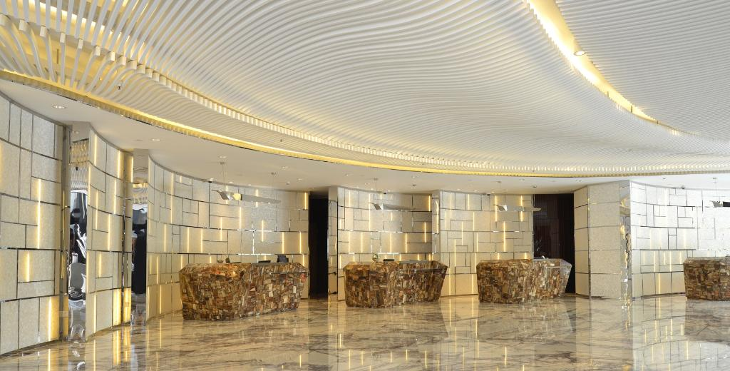 ルネッサンス ヤンツェ 上海 ホテル(上海揚子江万麗大酒店)