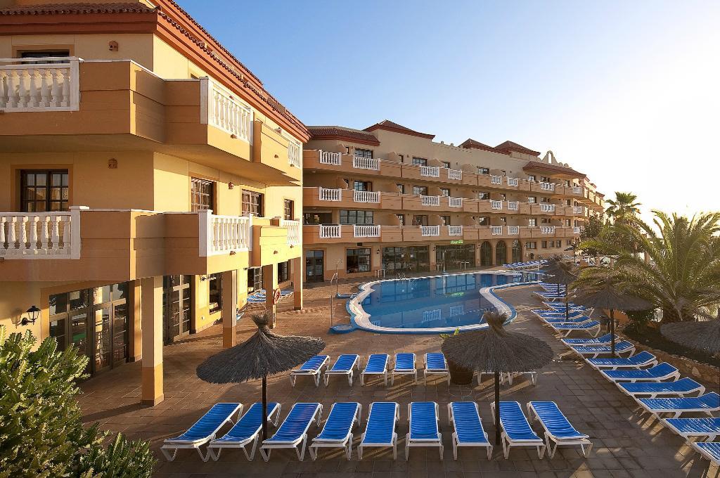 アパートホテル カスティーヨ サン ホルヘ アンティガ & スイーツ