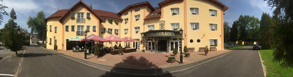 Hotel Lukacs