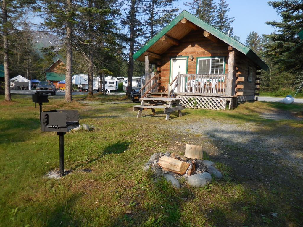 Bear Creek Cabins & RV Park