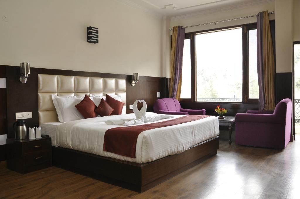 Nagesh Hotel