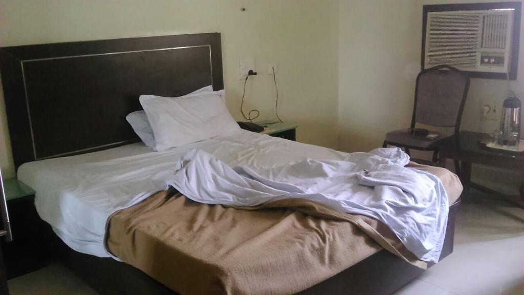 Pavani Residency Hotel