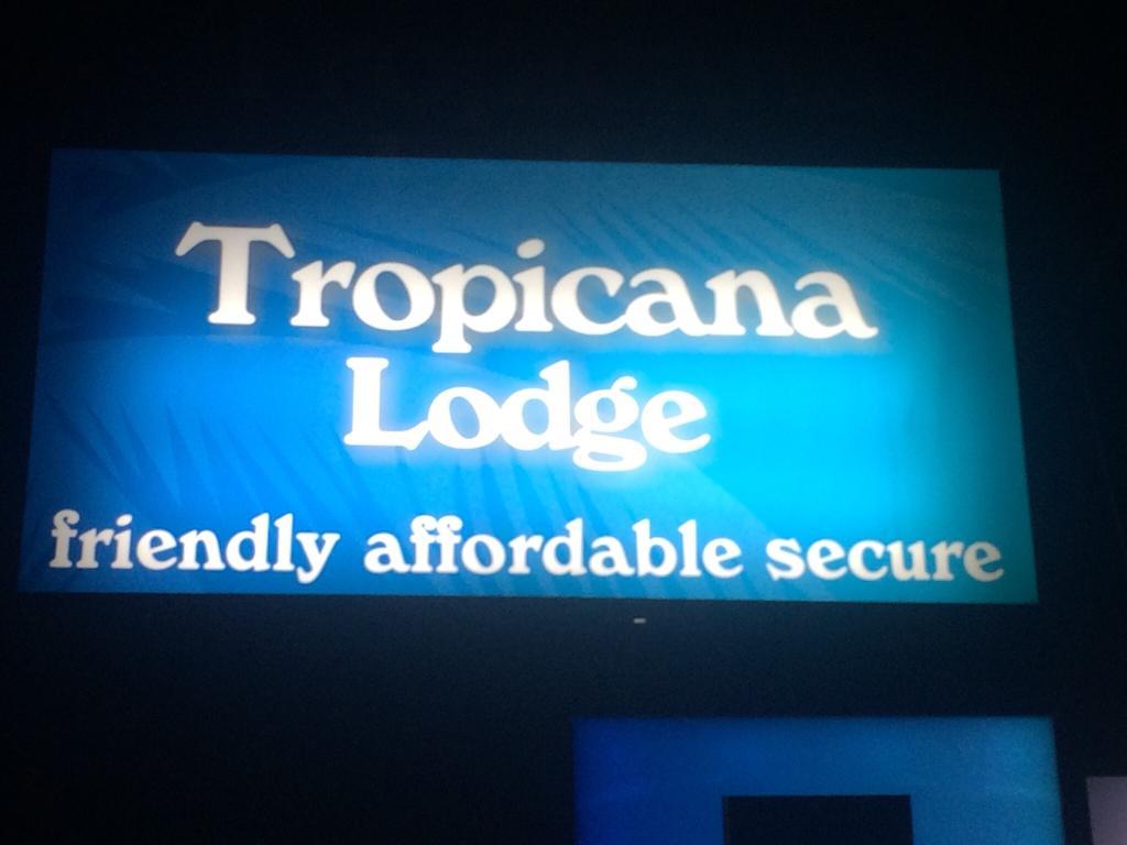 Tropicana Lodge Motel