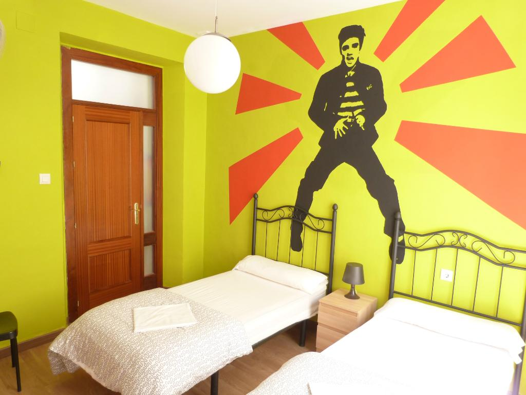 Summer Hostel Cadiz