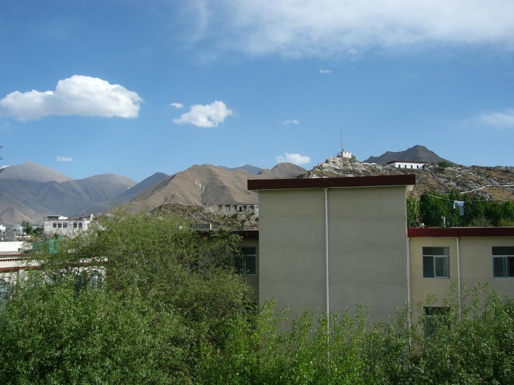 Tibet Hongshan Hotel