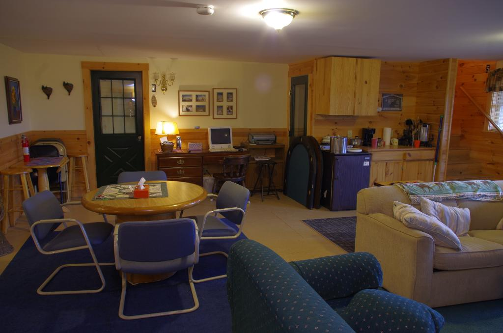 Trailside Lodge