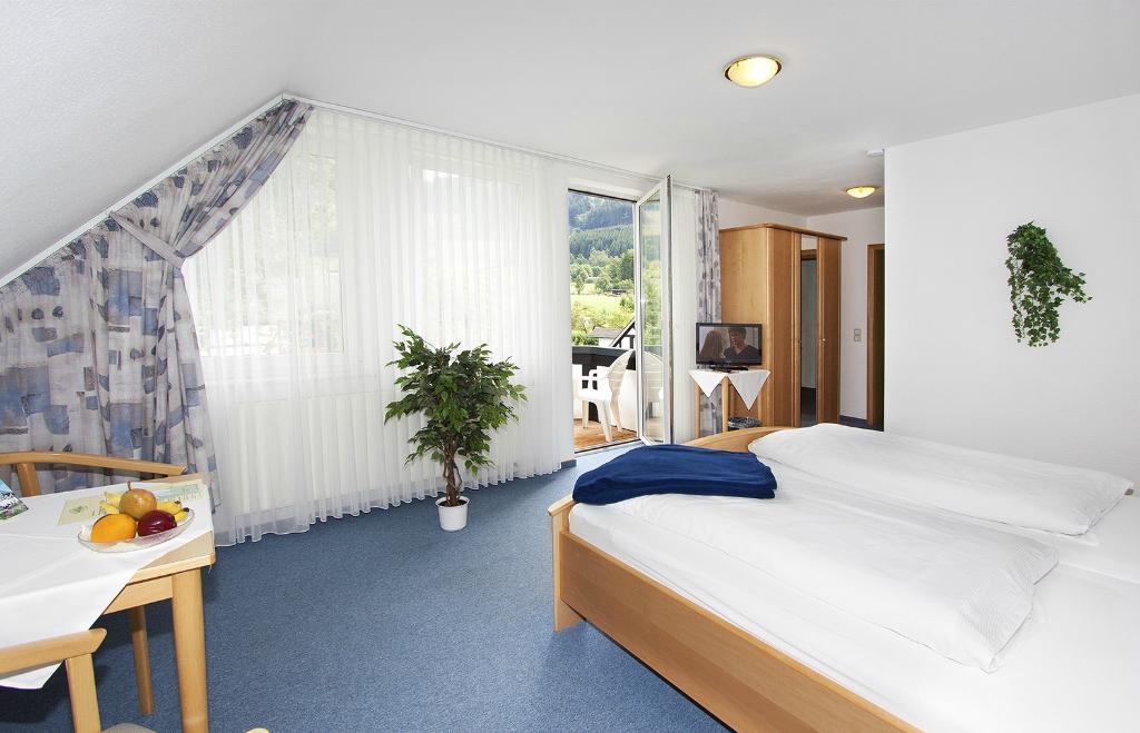 Hotel Flurschutz