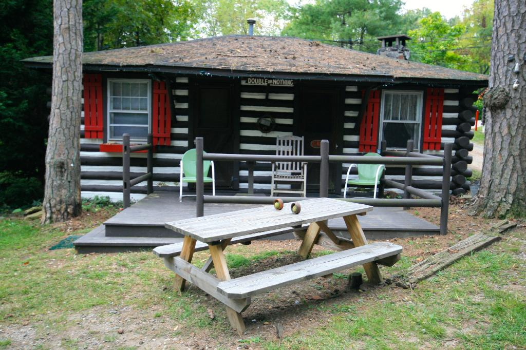 Log Cabin Motor Court