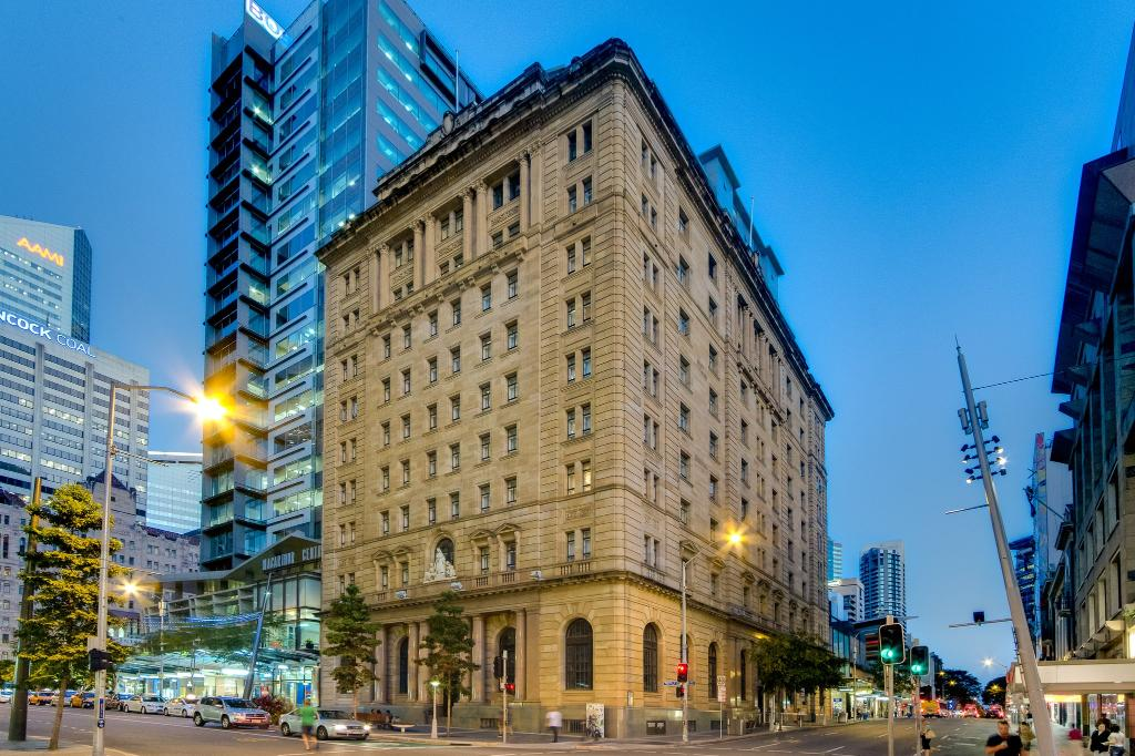 Macarthur Chambers Apartment Hotel