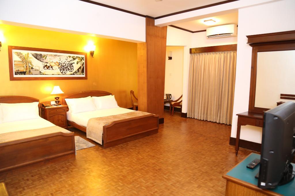 โรงแรมซัพไฟร์