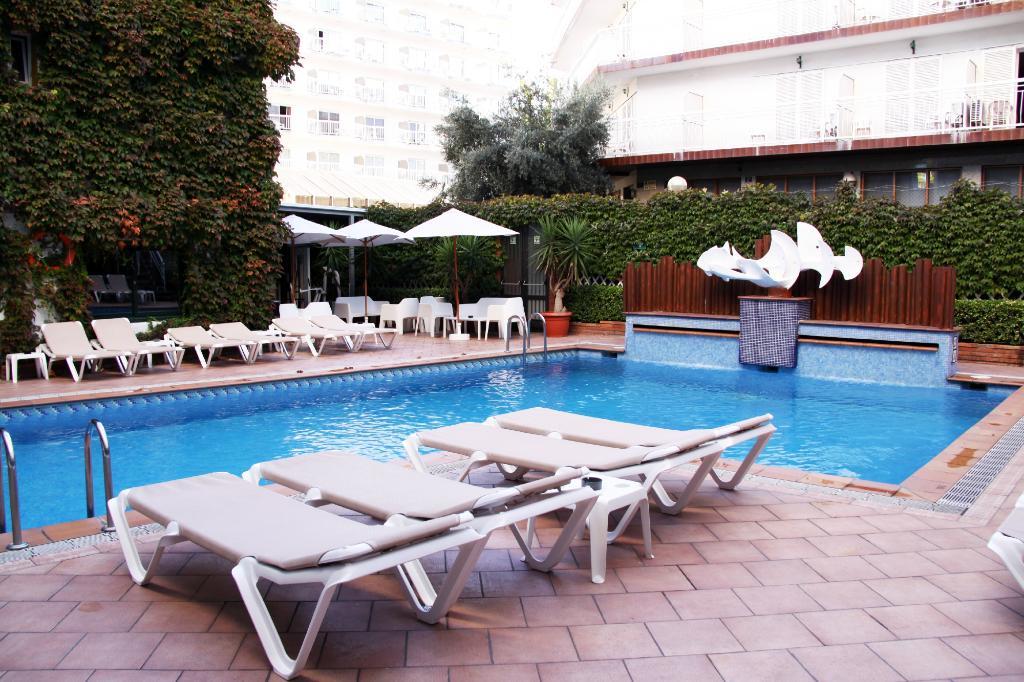 Xaine Park Hotel