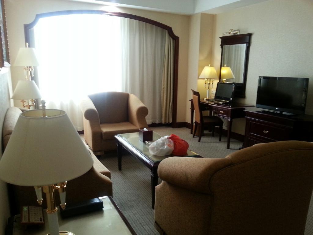 国贸(逸豪)大酒店