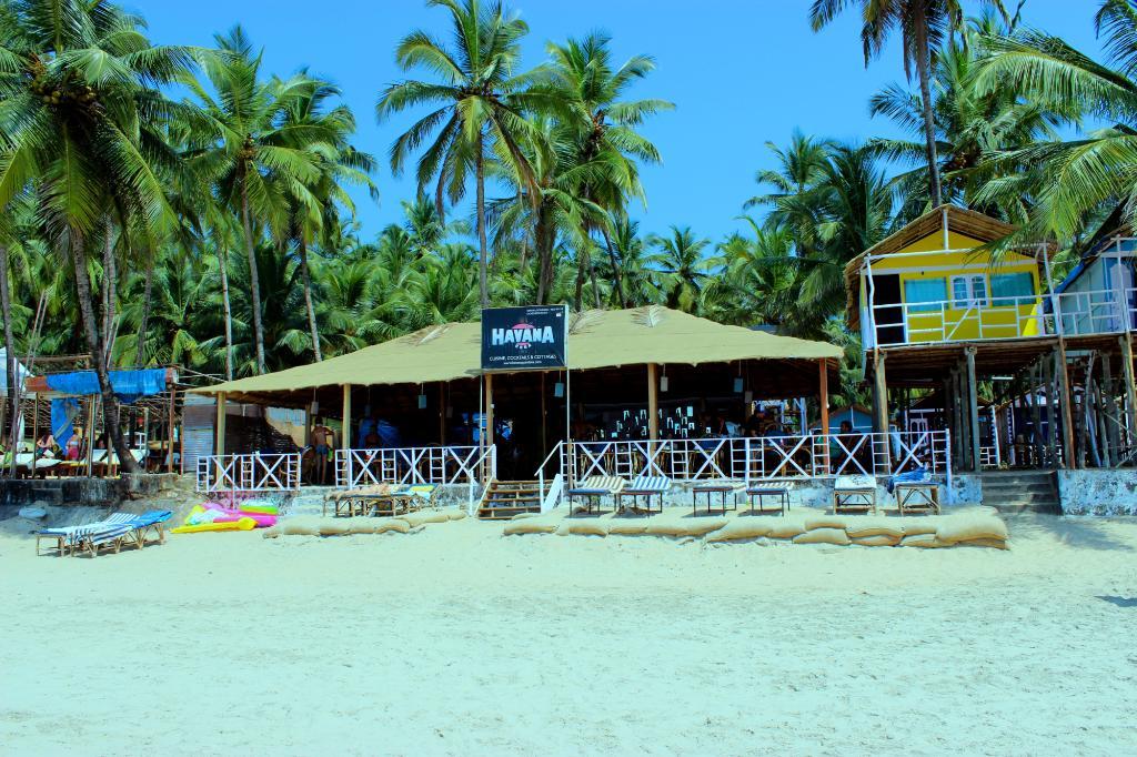 Havana Huts