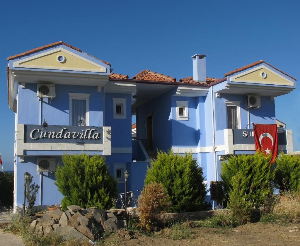 Cundavilla Suite Hotel