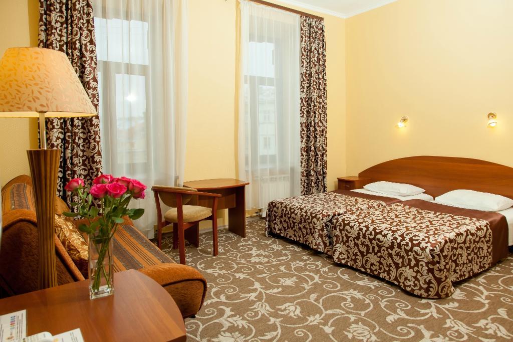 グリフォン ホテル