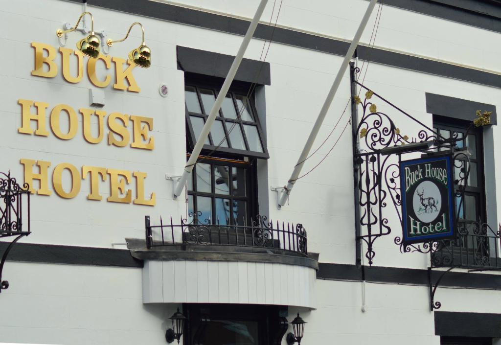 Buck House Hotel