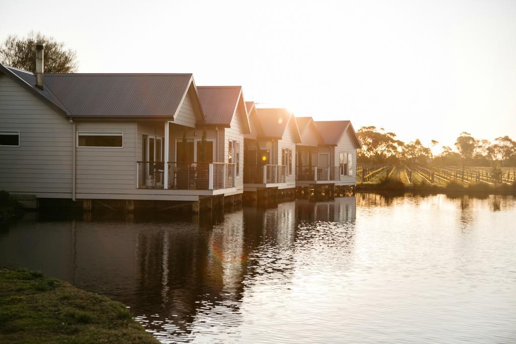 Lakeside Villas at Crittenden