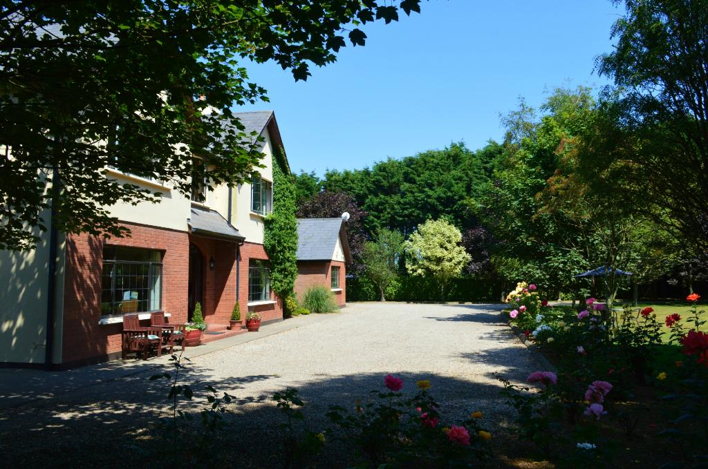 Groveside Farm B & B