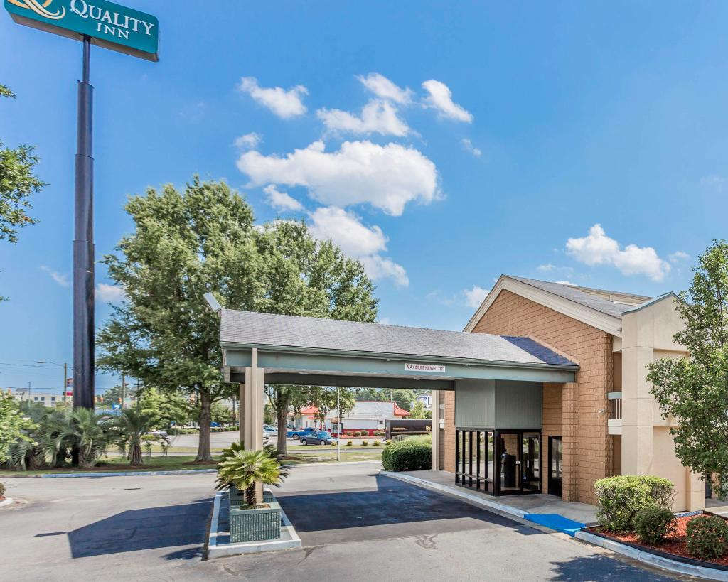Quality Inn North Charleston