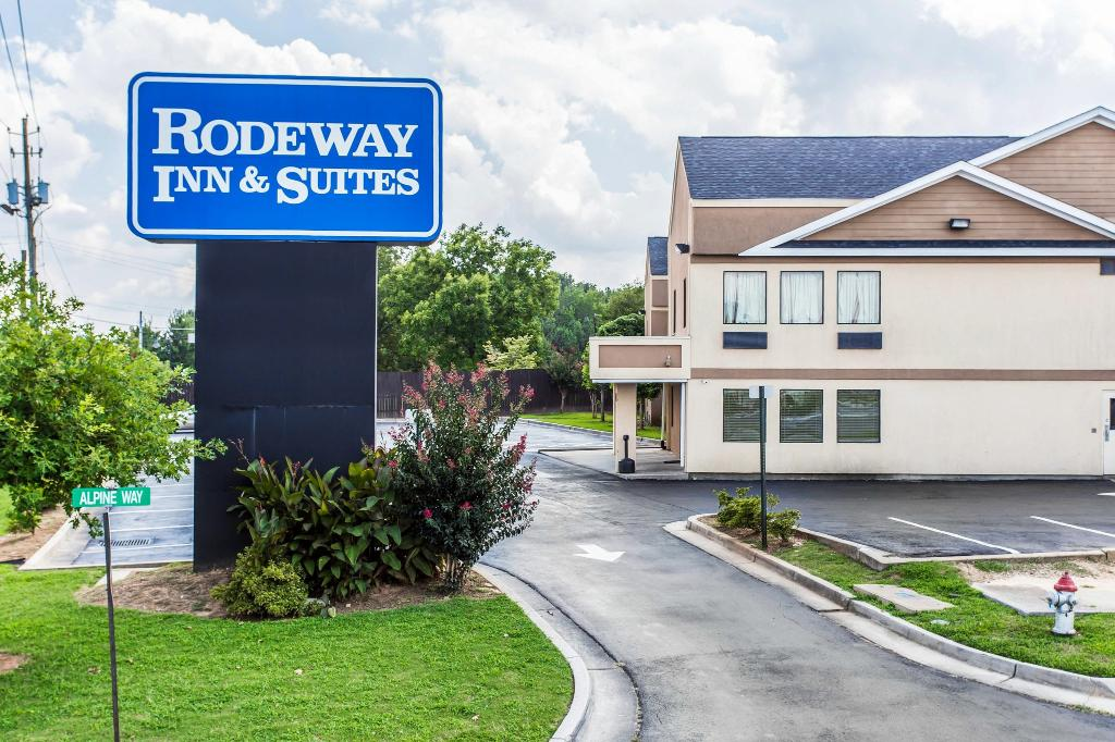 Rodeway Inn Forest Park