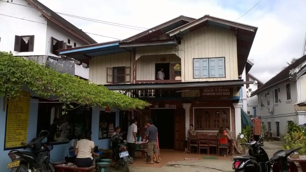 Sysomphone Guest House