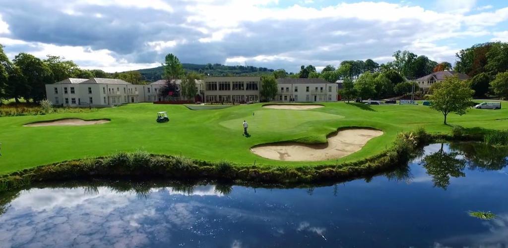 吐爾法利斯飯店暨高爾夫球渡假村
