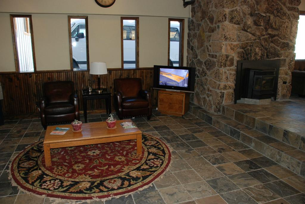 ‪Monarch Mountain Lodge‬
