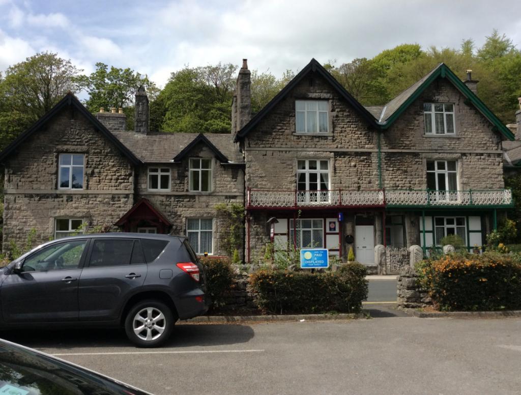 Elton Guest House