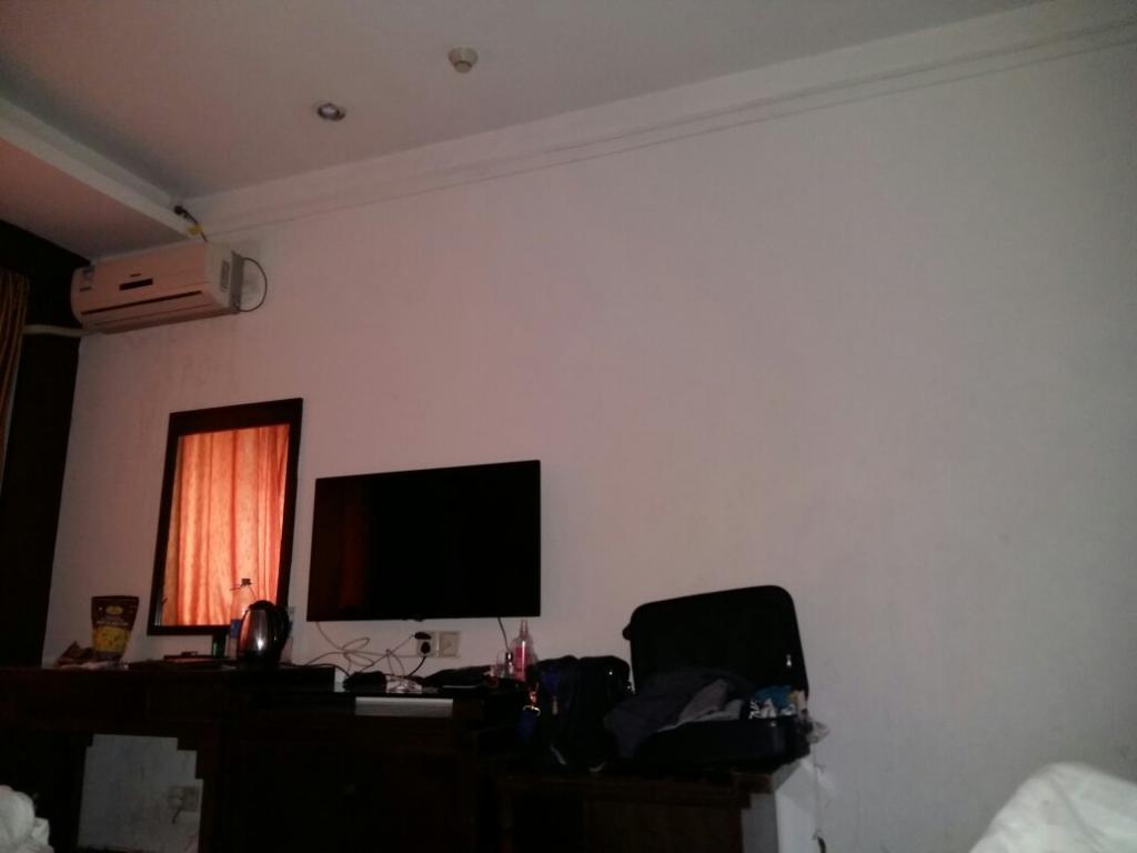 Yuhang Hotel