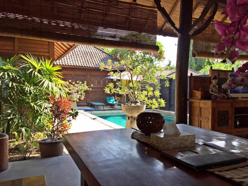 Gili Exotic Villa