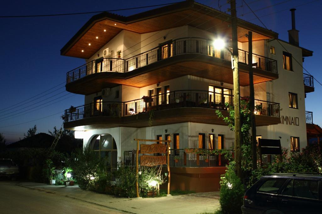 Limneo Hotel