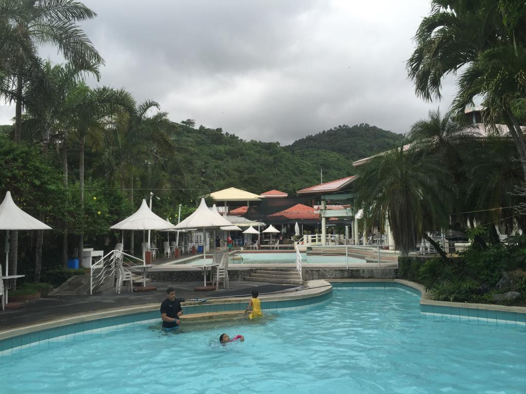 Splash Mountain Hotel