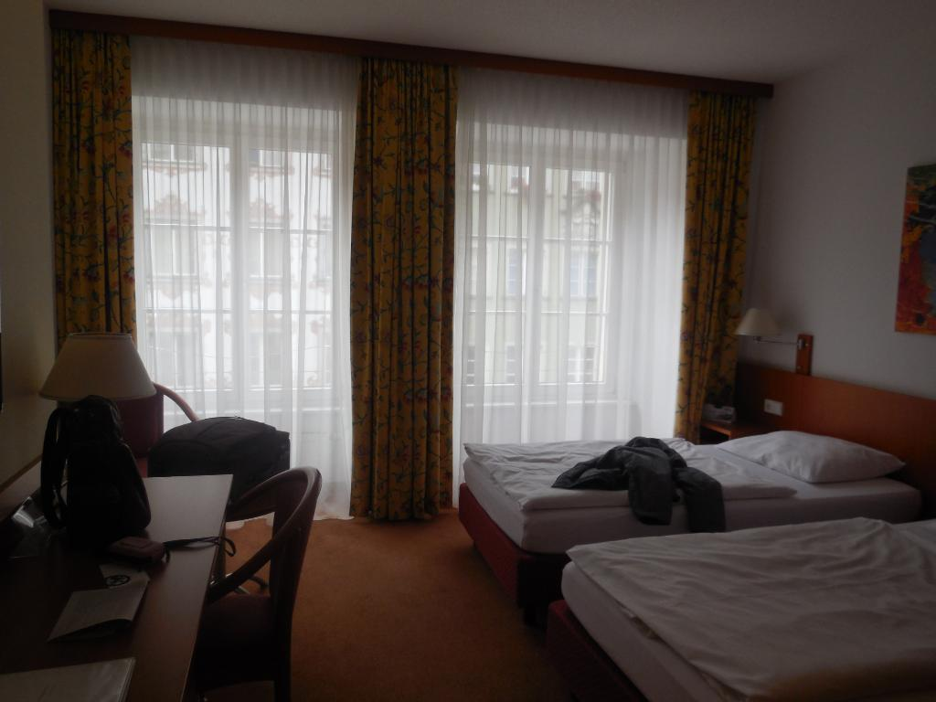 Central Hotel Loewen
