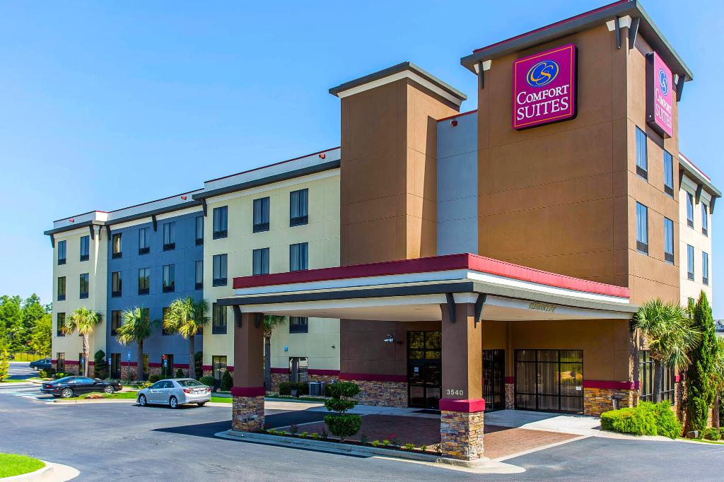 ‪Comfort Suites Stockbridge‬