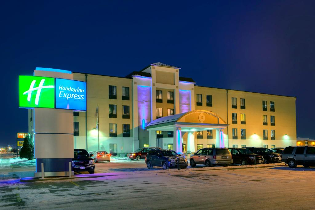 ‪Holiday Inn Express Fargo - West Acres‬