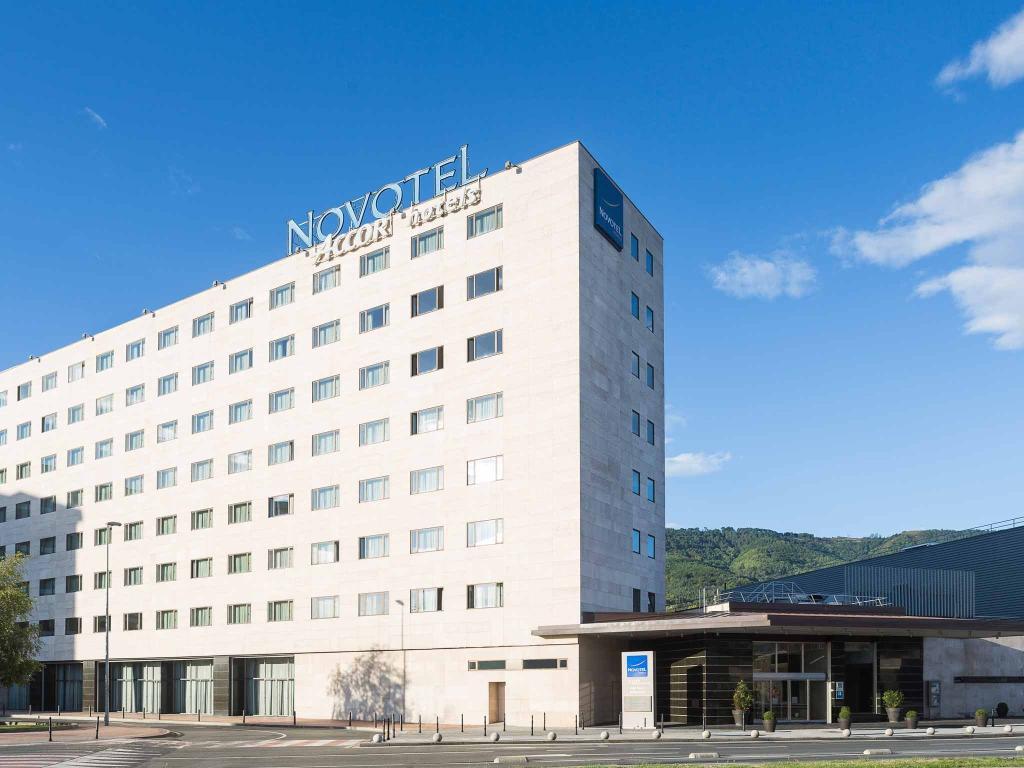 ノボテル ビルバオ エクスビション センター ホテル