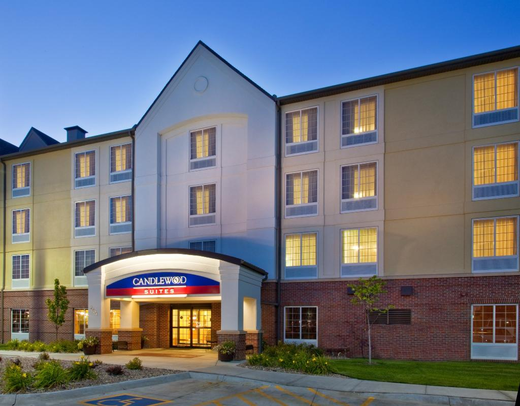 Candlewood Suites-Omaha Airport