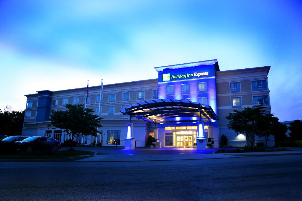 Holiday Inn Express Lexington-North Georgetown