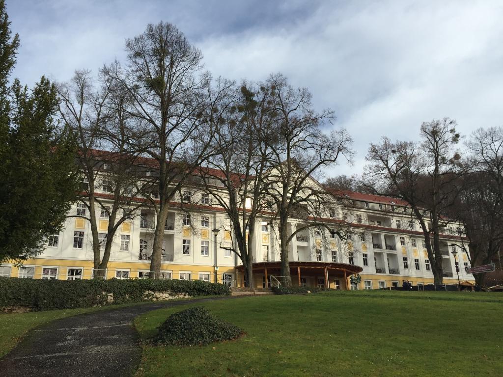 クルトゥールホテル カイザーホフ