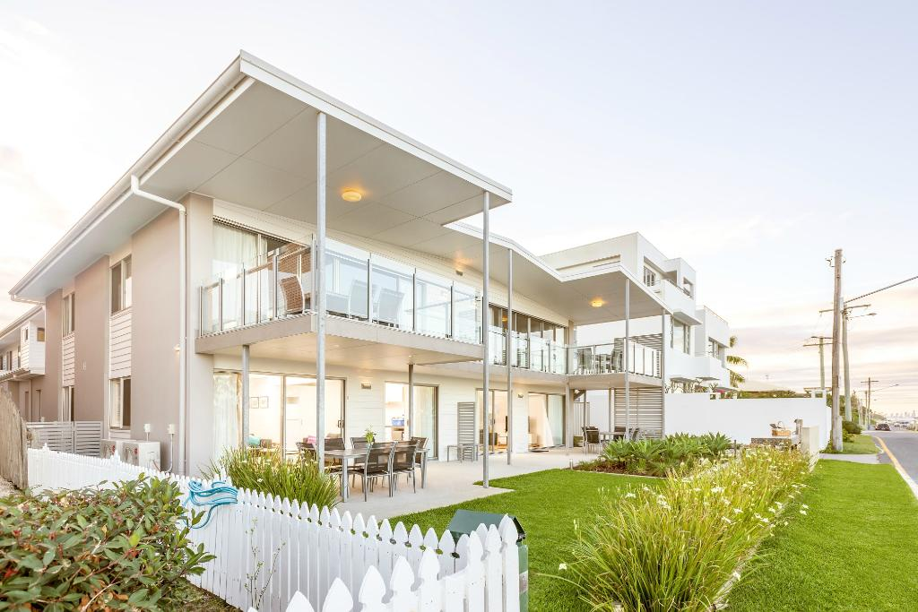 Sandbox Beachfront Apartments