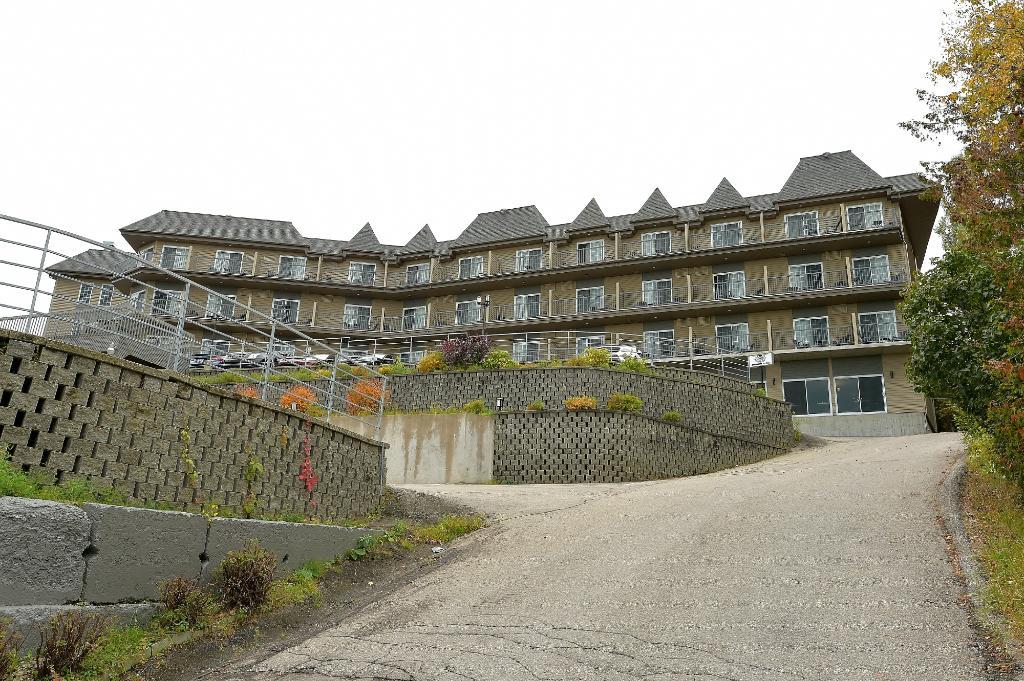Hotel Pavillons Le Petit Manoir du Casino