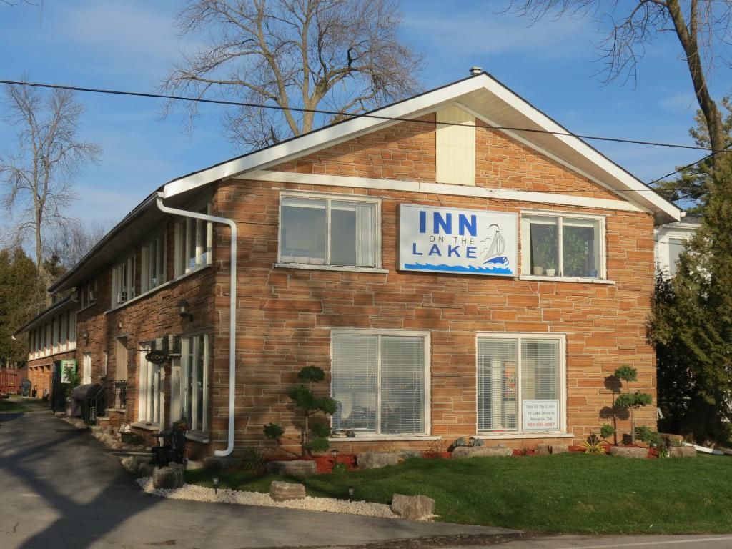 ‪Inn on the Lake‬