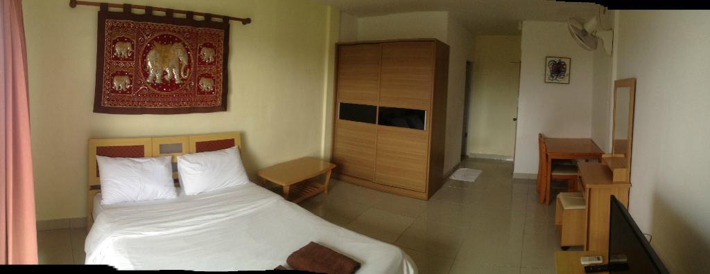 Jomtien Hostel Hotel