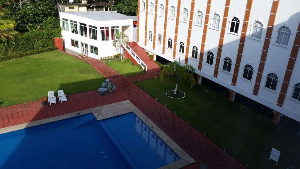ホテル バエズ パライソ