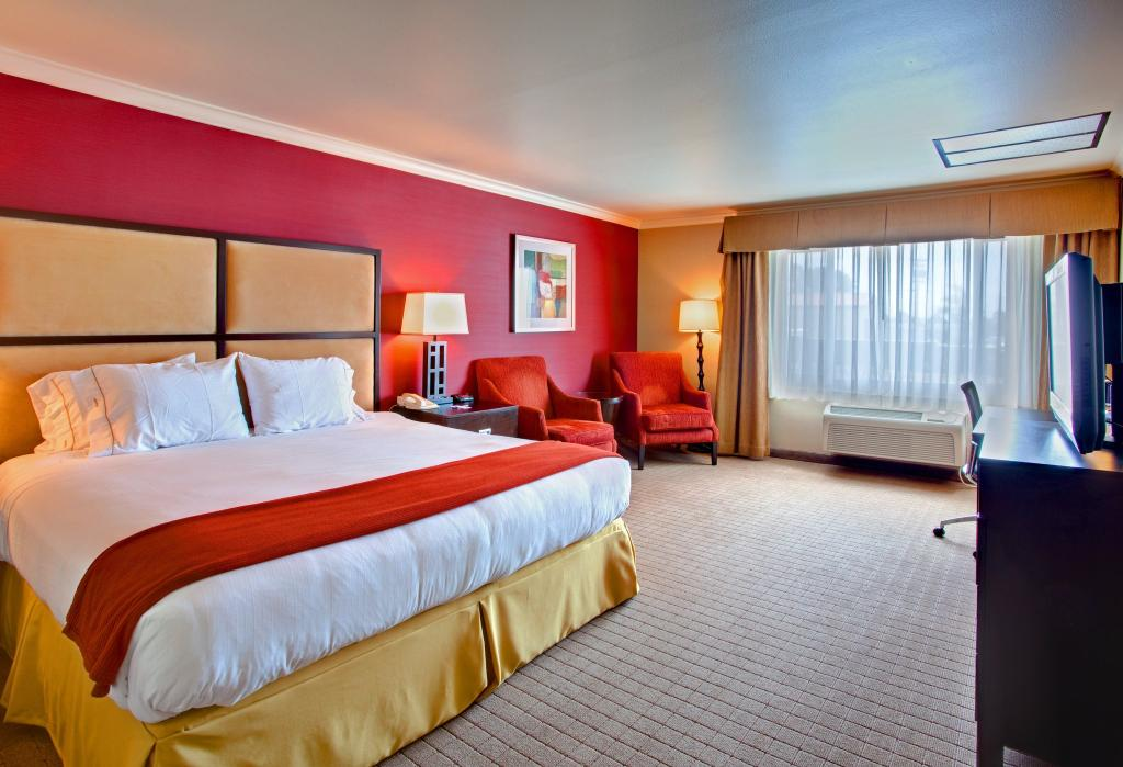 Holiday Inn Express Encinitas - Cardiff Beach Area