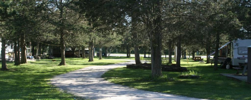 Pickerel Park Carefree RV Resort