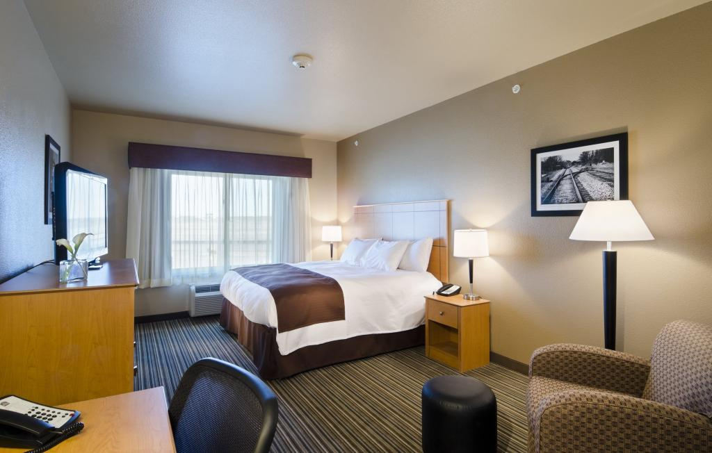 Best Western Shelby Inn & Suites