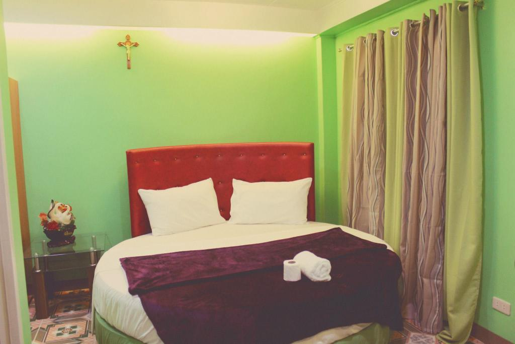 SouthPoolSide Tourist Inn