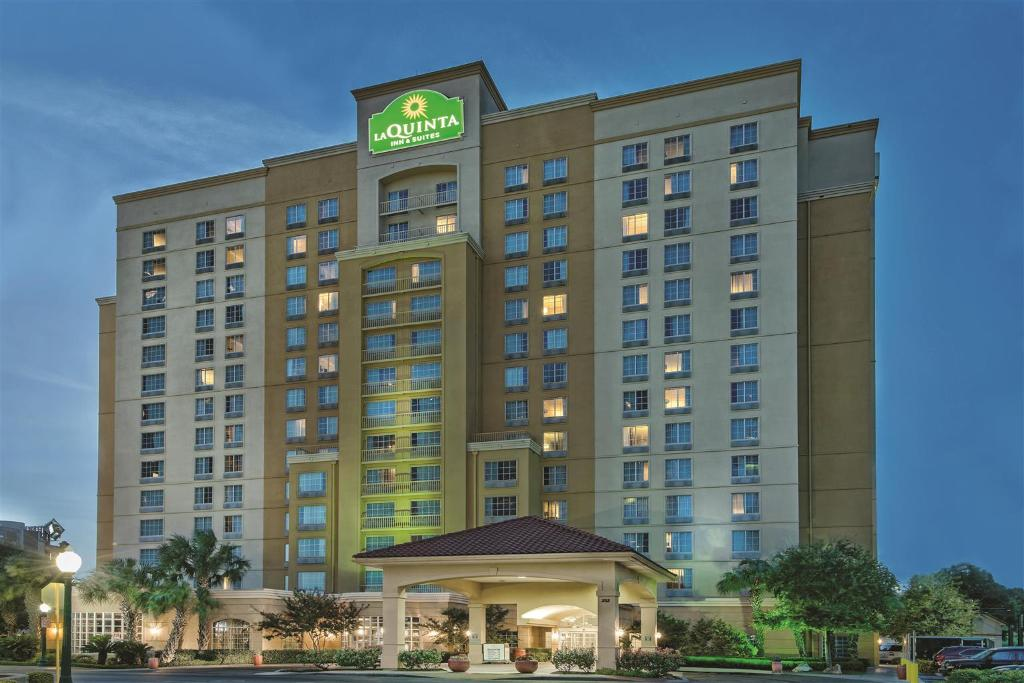 ‪La Quinta Inn & Suites San Antonio Riverwalk‬